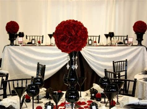 Tablesetting/centerpiece   Gothic Wedding   Pinterest