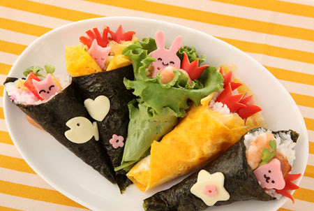デコ手巻き寿司 E お弁当作っちゃいました