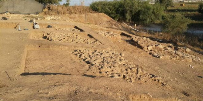 Remains of the city wall of the Philistine city of Gath. (Photo: Prof. Aren Maeir/ Bar Ilan University)