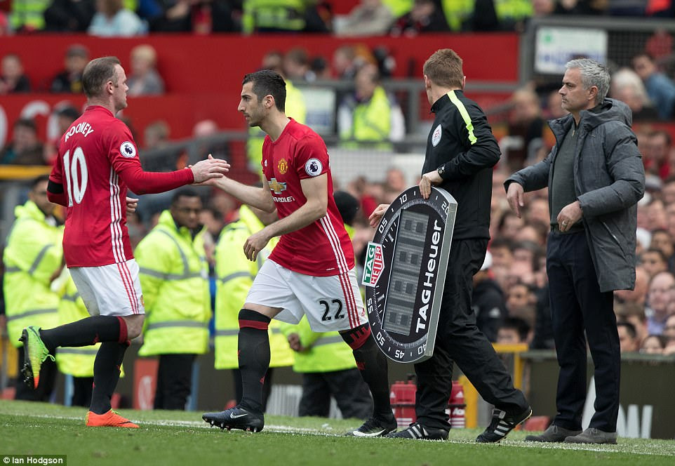 Henrikh Mkhitaryan comes on for Rooney as United try and salvage all three points in a final push for a winner