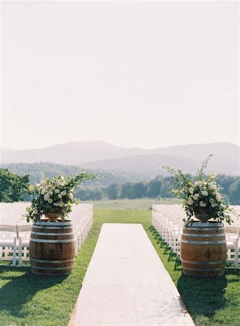 28 Chic Vineyard Themed Wedding Ideas for 2018   Oh Best