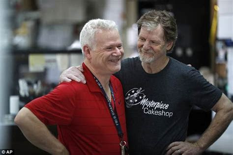 Supreme Court rules in favor of Colorado baker who refused