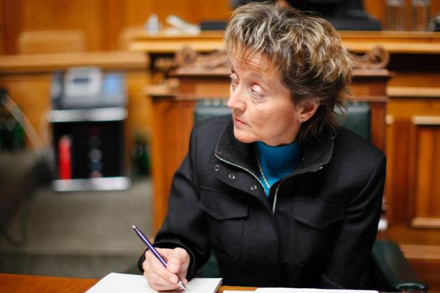 Wechselt Evelin Widmer-Schlumpf wieder alle Kadermitarbeiter aus? Die neue Finanzministerin ist für ihre Personalpolitik gefürchtet.