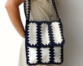 Vintage 1970s Faux Leather and Wool-Crochet  Scallop Bag