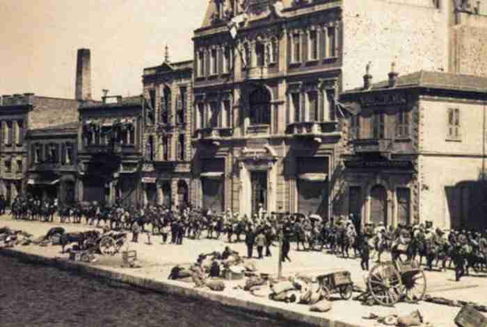Αλησμόνητες πατρίδες: Το θέατρο της Σμύρνης