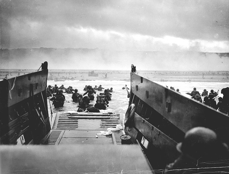 Ficheiro:1944 NormandyLST.jpg