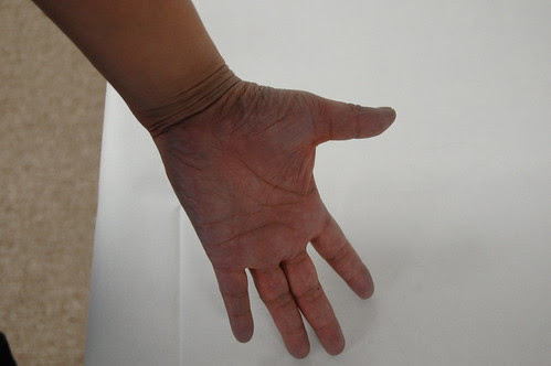Franklin Art Center: hand of an artist