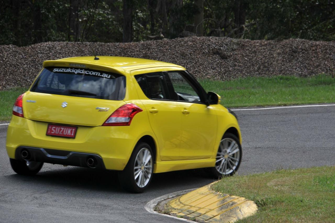 Gambar Mobil Sport Warna Kuning Terbaru | Sobat Modifikasi