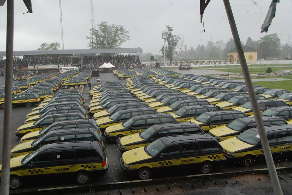 Okorocha Bans Keke Napep In Owerri, Replaces Them With 2000 Wagons (Photos)