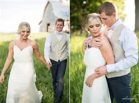 Melissa Sigler PhotographySchwinn Produce Farm Wedding
