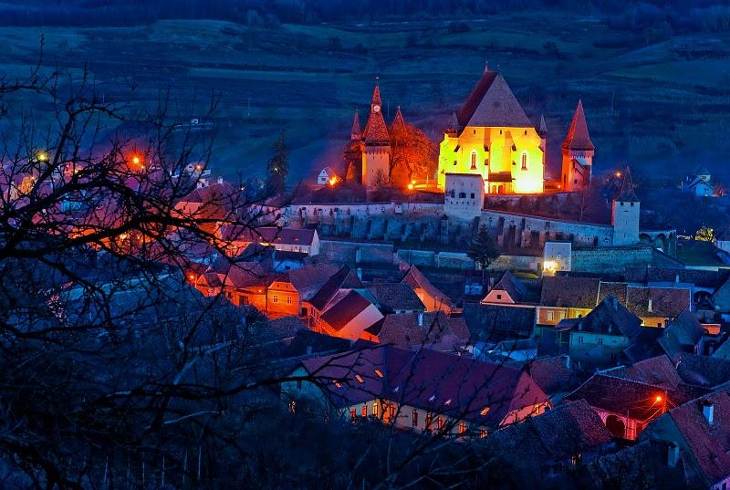 perierga.gr- Ένα όμορφο χωριό με μια πρωτοποριακή... θεραπεία του διαζυγίου!