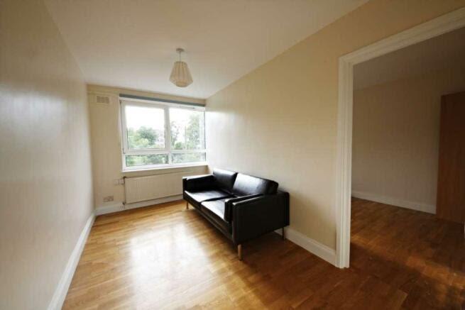 4 bedroom maisonette to rent in Brixton Hil, Brixton, SW2