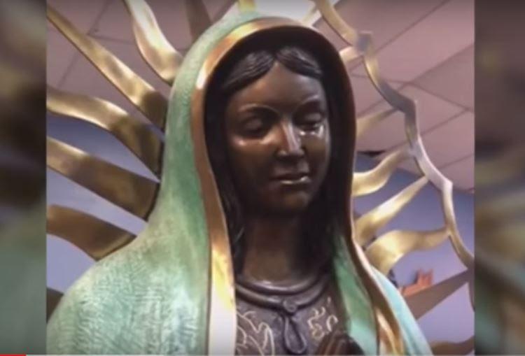 παρθένο άγαλμα της Μαρίας φωνάζει hobbs νέο βίντεο Μεξικό, παρθένο άγαλμα της Μαρίας φωνάζει hobbs νέο βίντεο Μεξικό μπορεί να 2018, παρθένο άγαλμα της Μαρίας φωνάζει hobbs νέο βίντεο Μεξικό Ιουνίου 2018, ένα άγαλμα της Παναγίας εντοπίστηκε φωνάζοντας στην Παναγία του Guadalupe Καθολική Εκκλησία στην πόλη του Χόμπς, Νέο Μεξικό