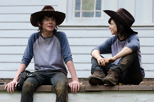 Chandler Riggs And His Stunt Double Jessica Merideth On The Set Of Walking Dead