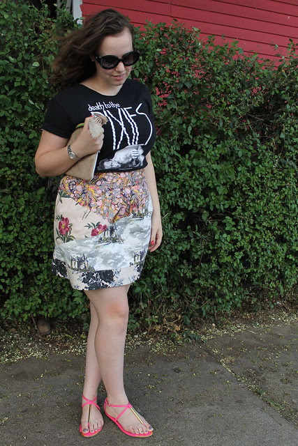 Pixies and Roses outfit: Band tee, mixed print skirt, Dolce Vita sandals, sparkly suede clutchPixies and Roses outfit: Band tee, mixed print skirt, Dolce Vita sandals, sparkly suede clutch