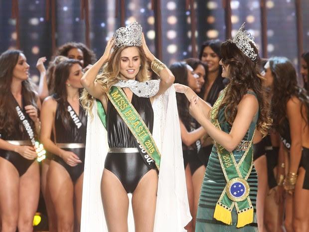 Marthina Brandt, representante do Rio Grande do Sul, vence o Miss Brasil 2015 (Foto: Iwi Onodera/ EGO)