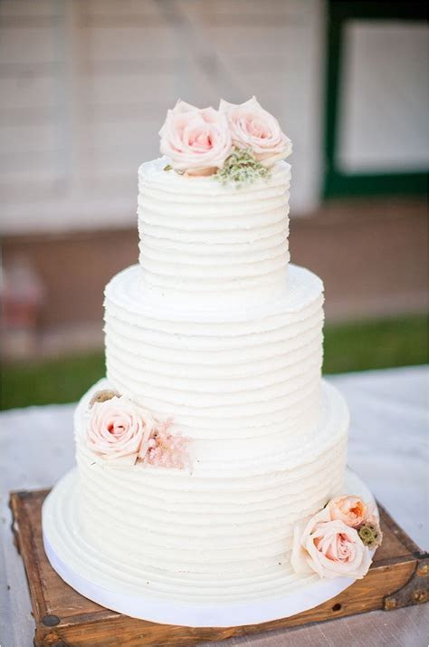 Best 20  Wedding Cakes Pictures ideas on Pinterest