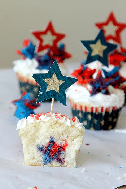 "Firecracker Surprise inside cupcakes with poprock ""firecrackers"""
