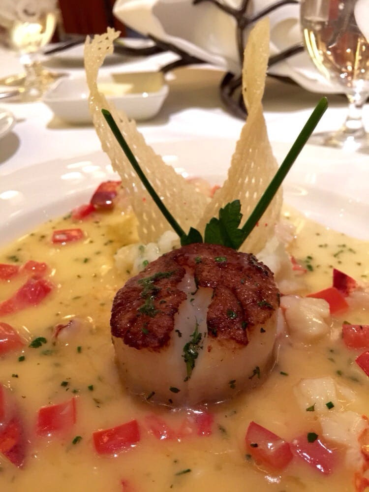 Napa Rose - Anaheim, CA, United States. Super Yummy fresh scallop with lobster cream sauce app...