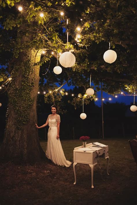 Best 25  Hanging paper lanterns ideas on Pinterest   Avene