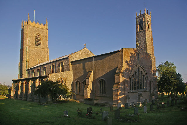 File:Church of St Nicholas, Blakeney - geograph.org.uk - 1062742.jpg