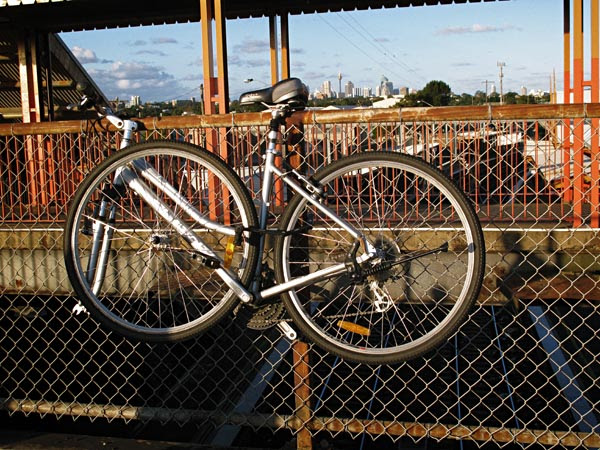 Commuter Bike High Loca at Sydenham Station