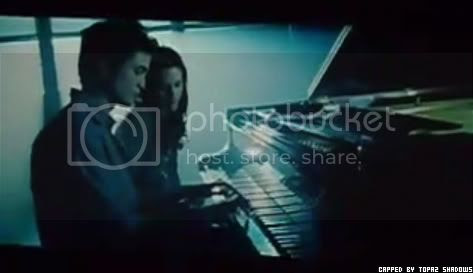 edward playin bellas lullaby Pictures, Images and Photos