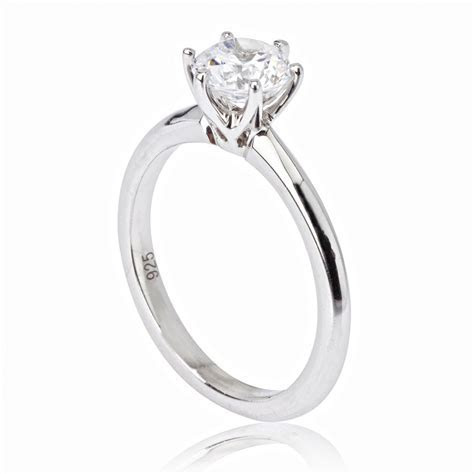 Simple diamond engagement ring ? OOSILE