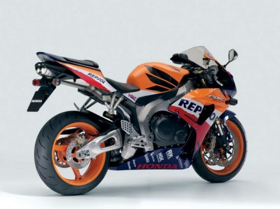 Honda CBR1000 RR 550x411 Top 10 Fastest Super Bikes of 2012