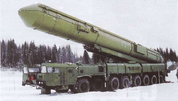 http://www.armyrecognition.com/images/stories/east_europe/russia/missile_vehicle/topol-m_ss-27_new/pictures/SS-27_Stalin_Topol-M_RS-12M2_RT-2PM2_intercontinental_ballistic_missile_Russian_army_Russia_011.jpg