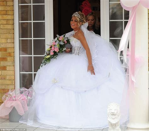Big Fat Gypsy Weddings 2012: Bride Cheyenne Pidgley's