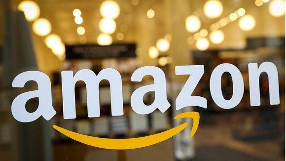 """La compañía de Jeff Bezos cree que la decisión del Departamento de Defensa fue provocada por el """"temor de represalias"""" por parte de Trump, quien criticó abiertamente a Amazon en el pasado. Foto: RT"""