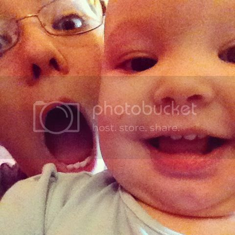 zoe-and-mummy-pulling-faces