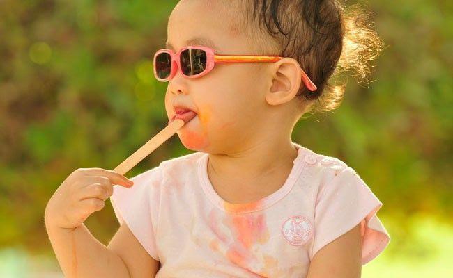 como tirar manchas de comida das roupas Como tirar manchas das roupas das crianças