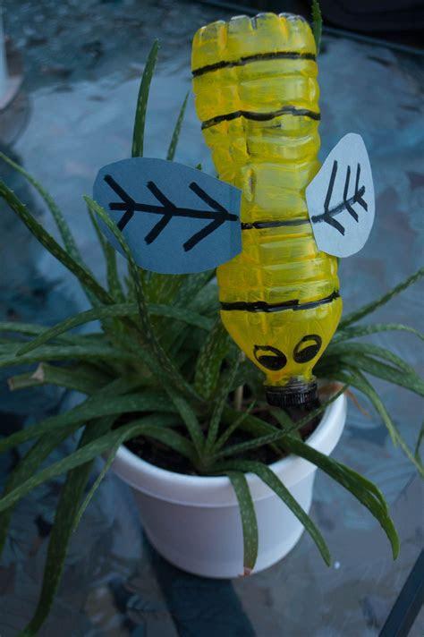 water bottle bee easy garden water bottle crafts