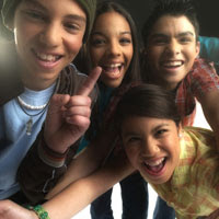 Photo: Group of teenagers smiling