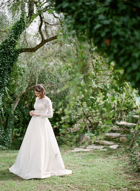 Minimalistic Wedding in Beautiful Corfu Greece   Les