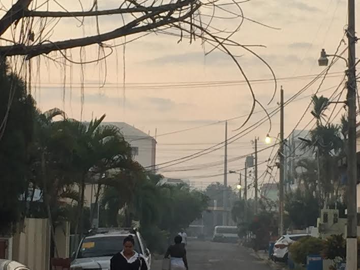 Por segundo día, SD afectada por humo del vertedero de Duquesa