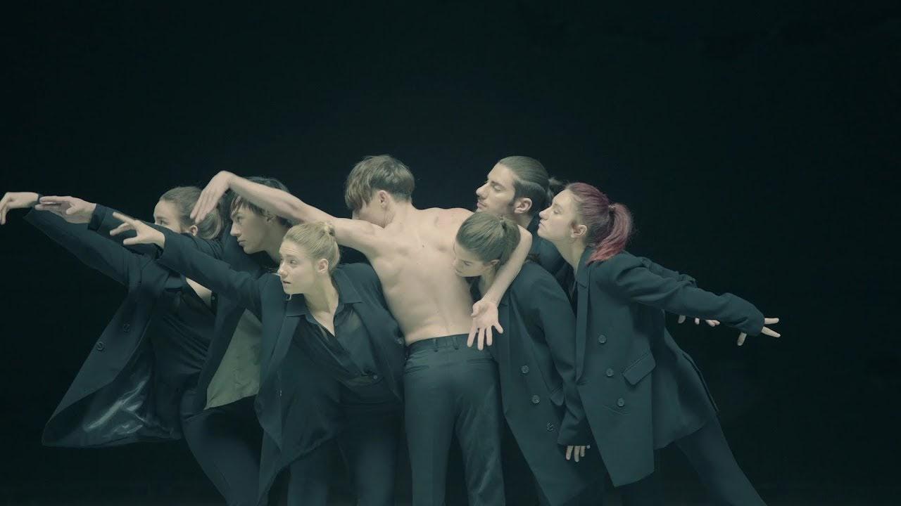 Lirik BTS - Black Swan dan Terjemahan Lagu