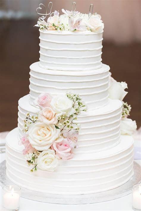 Romantic Chicago Wedding at Meyers Castle   Wedding Cakes