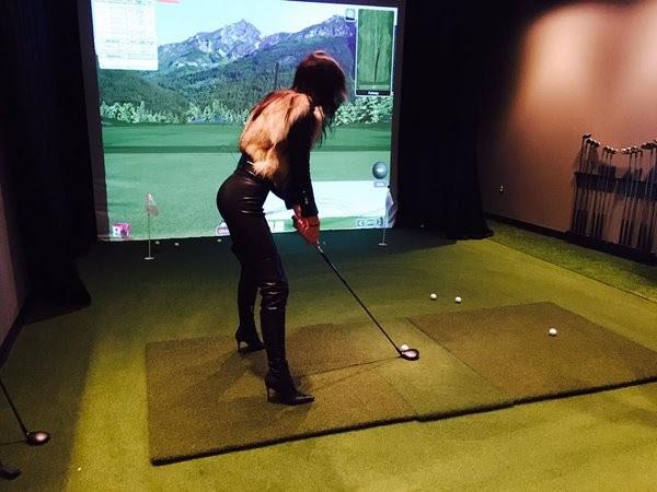 Kendall Jenner se diverte jogando golfe (Foto: Instagram/ Reprodução)