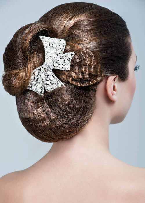 Bold Bow Wedding Hairpiece