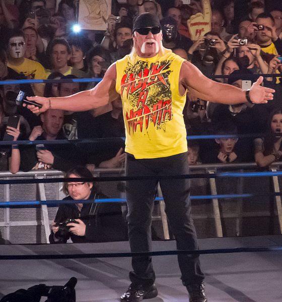 File:Hulk Hogan @ Impact! TV Taping.jpg