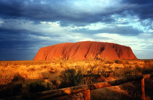 I would like to go to Australia some day :D