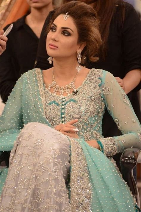 Fiza Ali in Bridal Dresses at Good Morning Pakistan