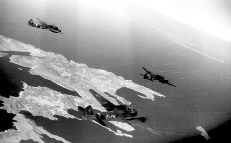 File:Bundesarchiv Bild 101I-528-2374-30, Flugzeuge Junkers Ju 88 über Kreta.jpg