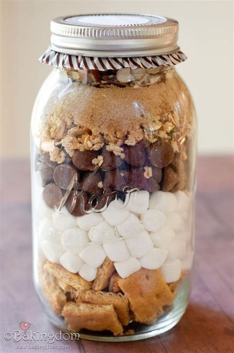 Campfire bars in a Jar   oh dear yum !   Great how to