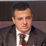 למה ראש עיריית רמת גן כרמל שאמה הכהן מציג את עצמו כעורך דין פעיל? - כלכליסט