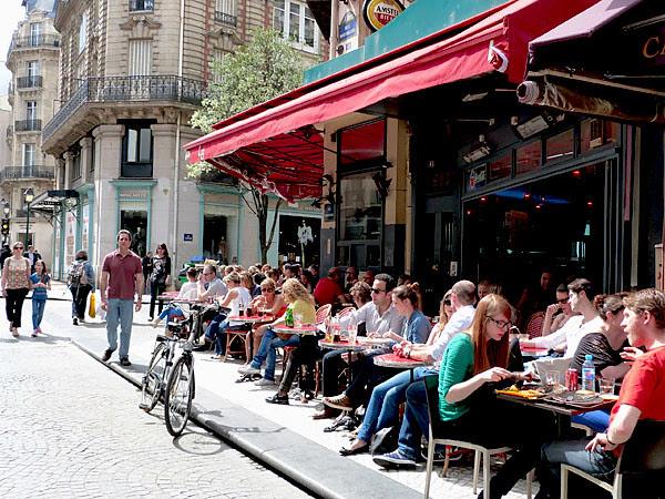 Bistrot rue Montorgueil.jpg