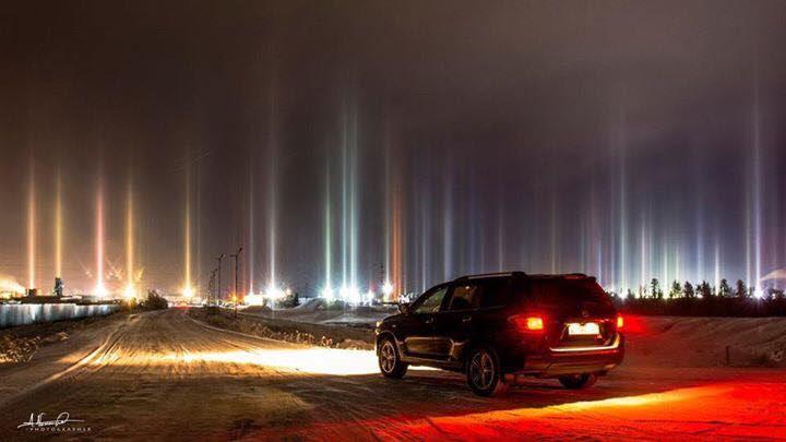 pilier de lumière, la lumière pilier novembre 2016, les piliers légers novembre 2016 image, piliers lumineux russie nov 2016, piliers lumineux mystérieux de photos russie